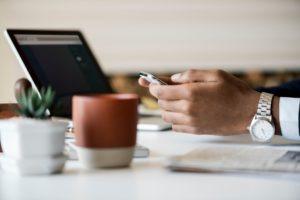 Les outils numériques s'imposent dans le monde du travail
